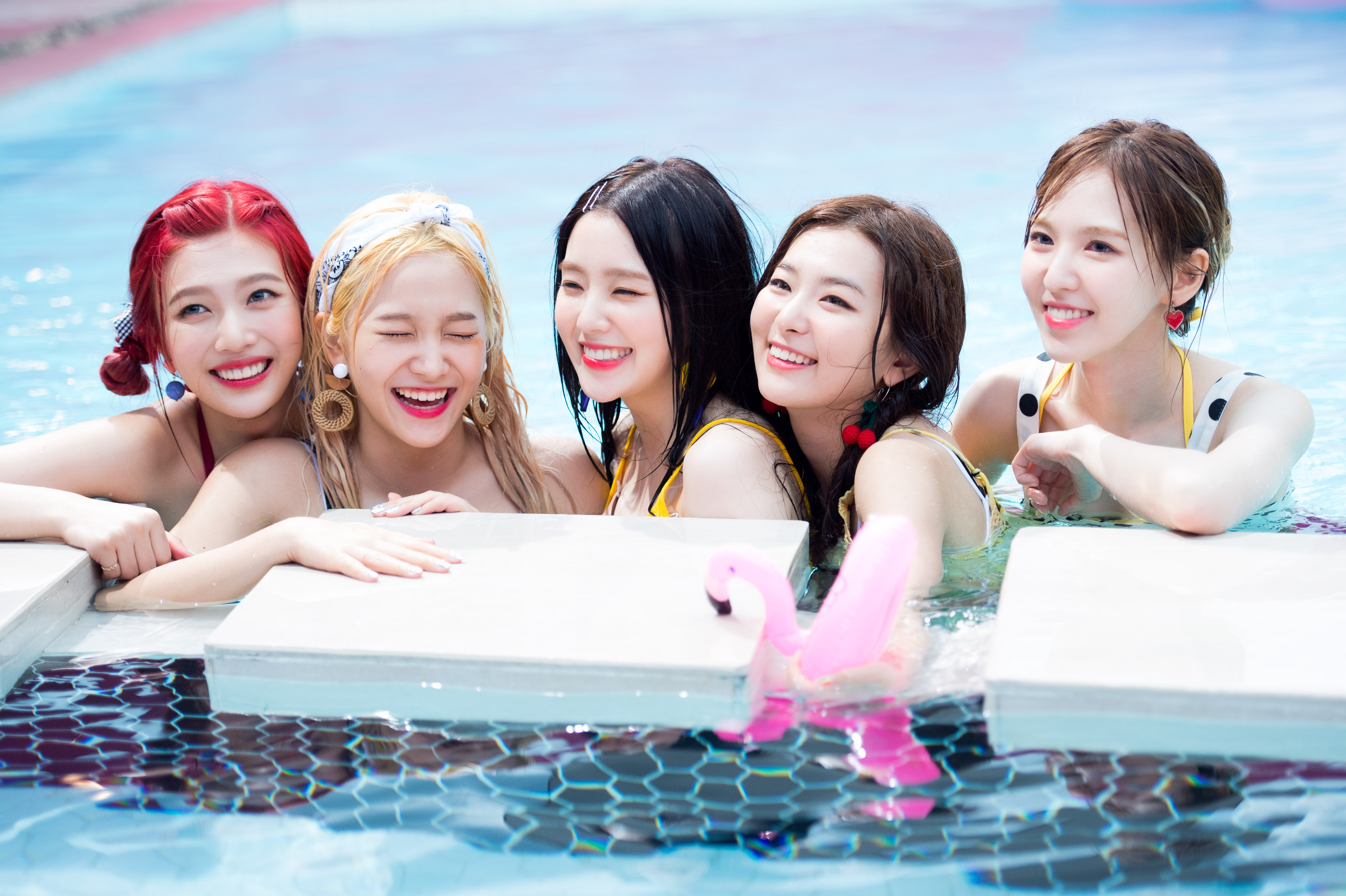 Official 170814 Red Velvet Naver X Dispatch Red
