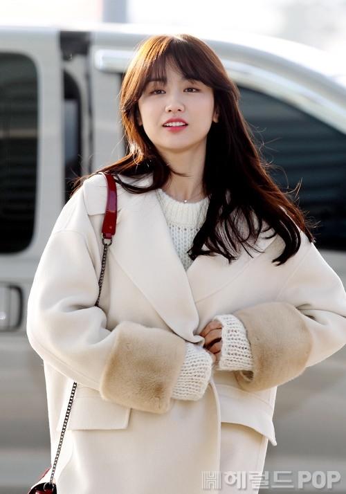 [포토]박하선 '날씨가 추워요'
