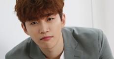 """2PM 준호 """"CANVAS"""" 앨범  세 편의 뮤직비디오 촬영 현장 공개!"""